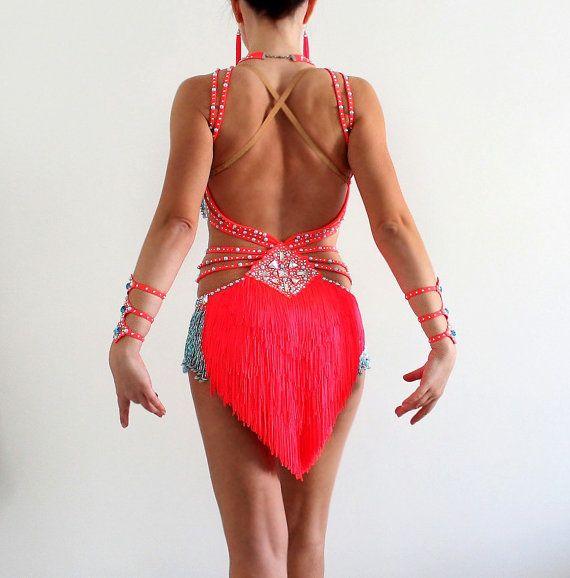 Vestido de concurso de baile de Salsa América por CrinolinAtelier