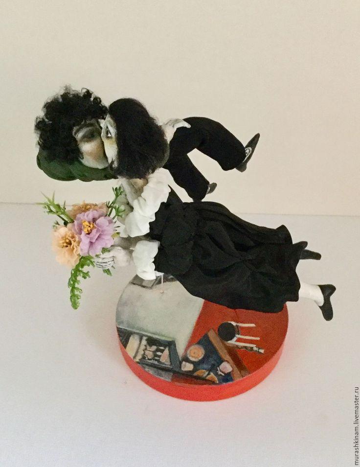 """Купить ПОЦЕЛУЙ"""" по мотивам Марка Шагала. Текстильные интерьрные куклы. - черный, текстильные куклы"""