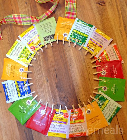 A Christmas OR Mother's Day Tea Wreath Gift from eMeals Blog! This would be so easy for the kids to make ~ hope some dads are reading this! OR even this grandma would love to receive a tea wreath!