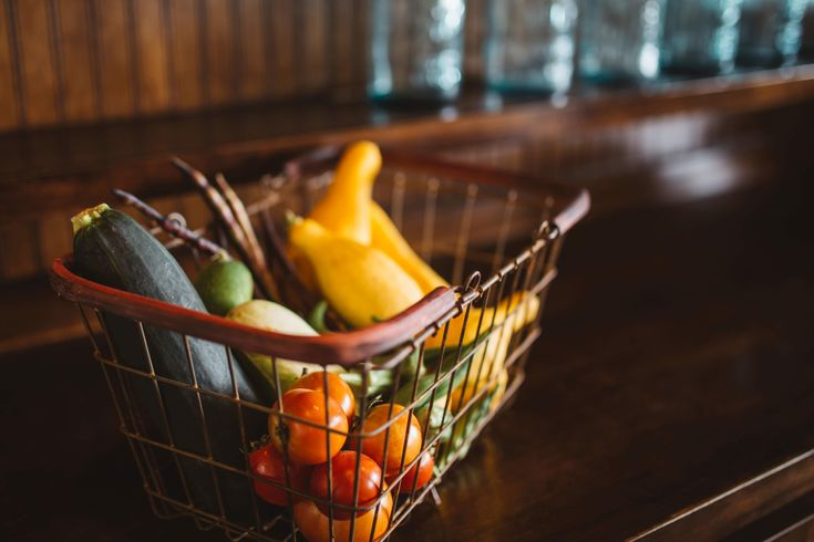 Fruit and vegetables contribute to a healthy, balanced diet - do you get your #5aday? http://link.flp.social/JM3qji