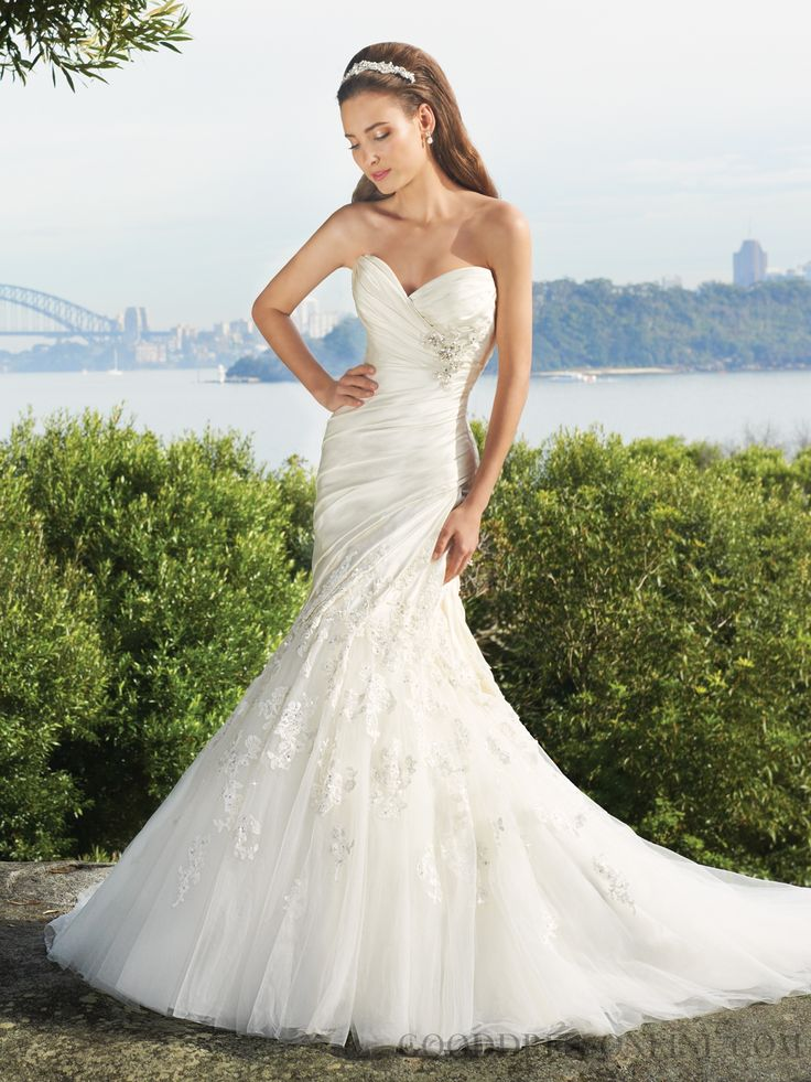 2013 Stunning Trumpet / Mermaid Sweetheart Sleeveless Tulle Wedding Dresses