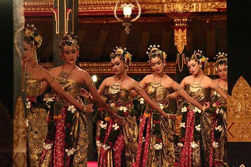 Dancer Javanese.bedhaya