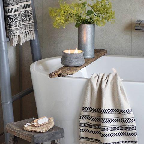 Badet     ____________________________    #bathroom #bath #bad #baderom #badrum #badekar #bathtub #rørkjøp #flisekompaniet #vikingbad #inspirasjonsguidennorge #Inspo #interior #interiør #passion4interior #hellinterior1 #interior123 #nordichome #instahome #home #picoftheday #inredningsdesign