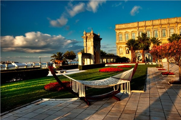 The Bosphorus, history and an alluring garden... Discover our flower-filled palatial garden and lock an entirely different panoramic view of the city in your memory...