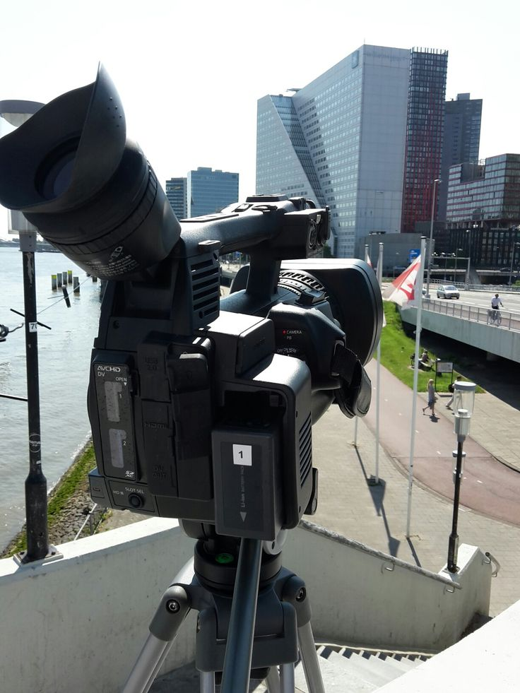 Happend to be in the area because of  the dayjob, so I shot some footage for an upcomming project in Rotterdam.  Beautiful day. June 6th, 2016.