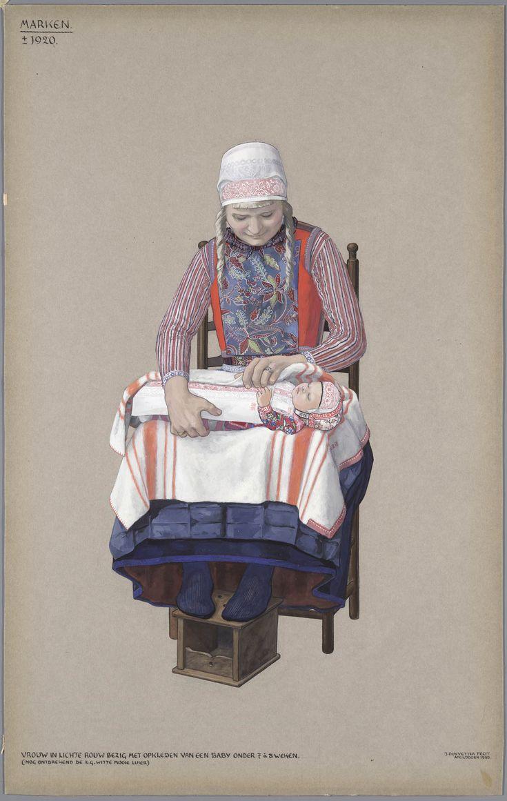 Vrouw in lichte rouw bezig met opkleden van een baby onder 7 à 8 weken. (Nog ontbrekend de z.g. witte mooie luier.)