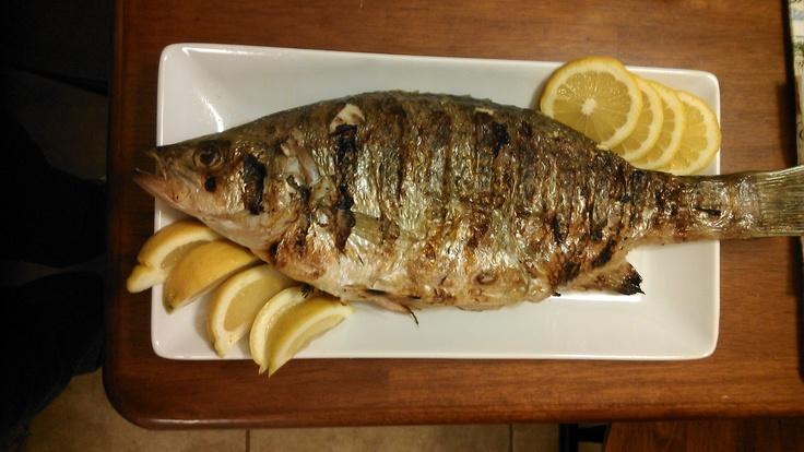 I love fish:) Pesce alla griglia con limone.