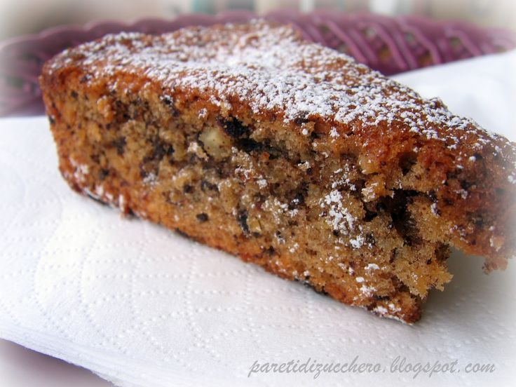 Una torta senza burro leggerissima, perfetta per chi vuole fare il pieno di cibi abbronzanti con un dolce sfizioso! Facile e veloce da preparare, ecco la ricetta!