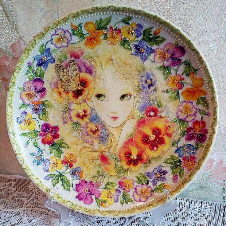 Купить или заказать Тарелка 'Анюта' в интернет-магазине на Ярмарке Мастеров.