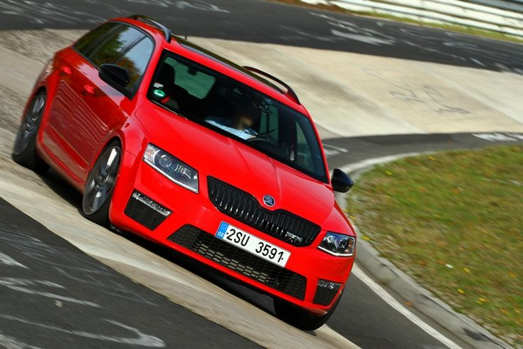 Skoda Octavia III - Page 21 - Auto titre Red with the black pack