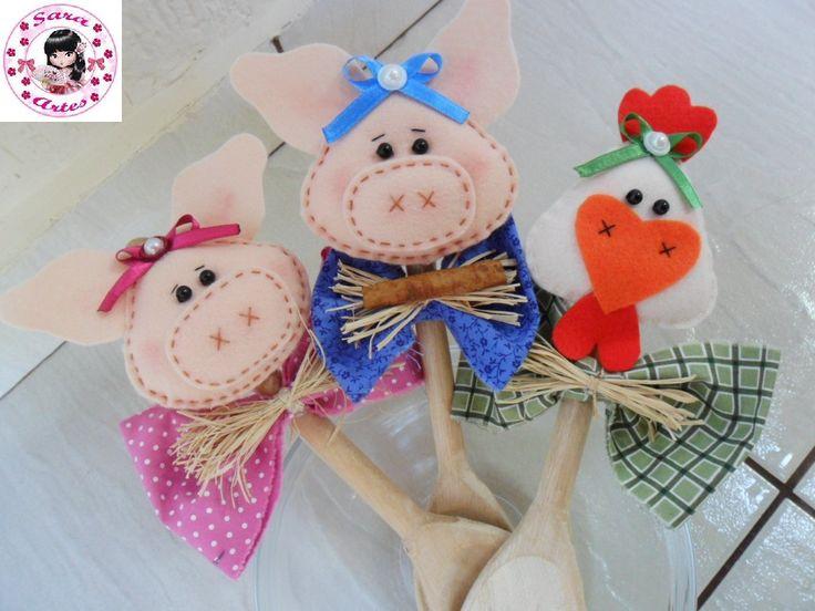 colher de pau decorada com bichinhos de feltro