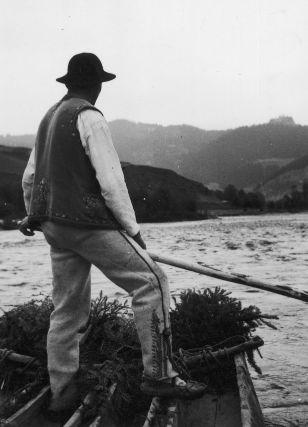 Highlander rafting along the Dunajec (1920-1939)