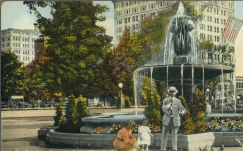 Page 1 :: Fountain, Pershing Sq, Los Angeles, Cal. :: Historic Postcards. http://digitallibrary.usc.edu/cdm/ref/collection/p15799coll77/id/292