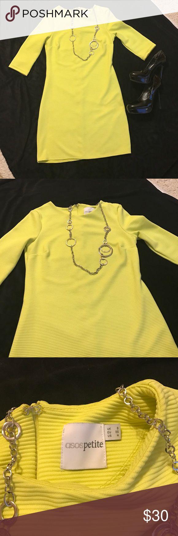 Women's Petite Dress Asos Petite Dress ~ Size 4. Perfect condition. Great New Years Eve Dress. ASOS Petite Dresses Midi