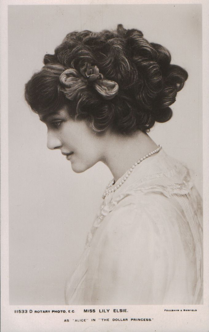 Lily Elsie (1886-1962) Simple headband and deceptively simple looking curls. I'm guessing I could do this with my long hair but I'll have to get better with bobby pins!