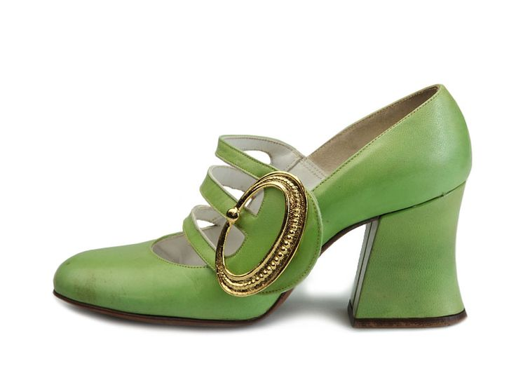 1960s light green chunky heel pumps with three stripes over the instep and gold color faux buckle by Demosette.