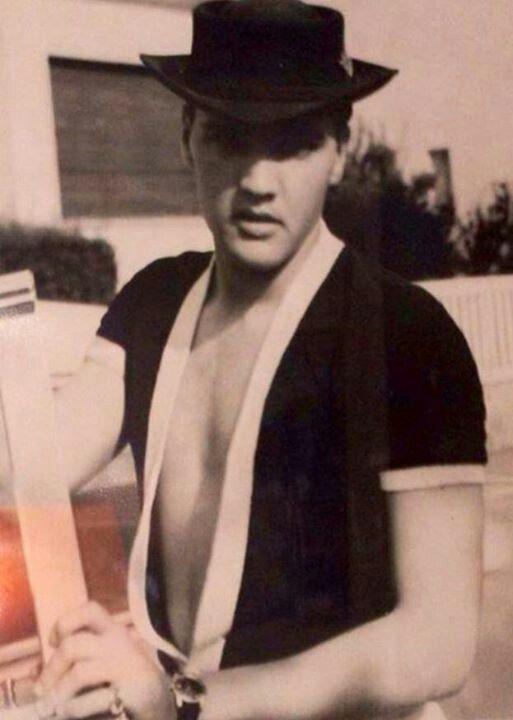 1229 Best Images About Elvis Presley On Pinterest Elvis