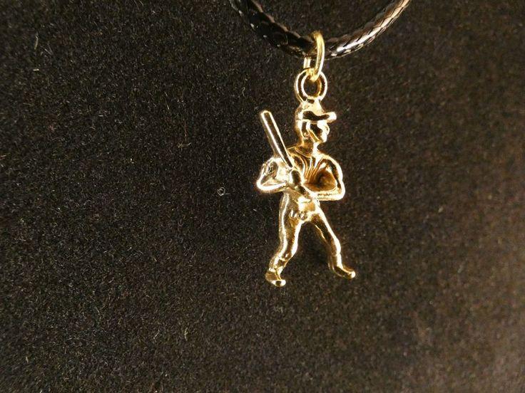 Baseball Spieler mit Kette 24 Karat Vergoldet Halskette Amulett Gold