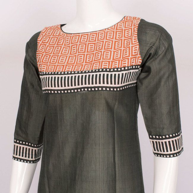 Buy online Hand Crafted Cotton Kurta With Block Prints & 3/4th Sleeve 10014323 - Size M