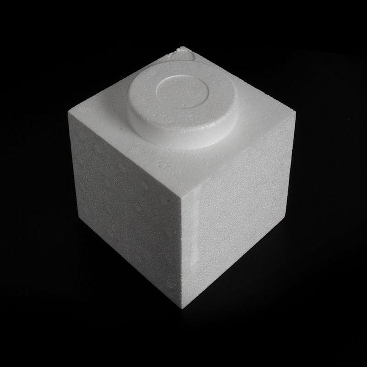 PIEZA CONSTRUCCIÓN PÓREX - Estas originales piezas de poliestireno expandido imitan los ladrillos y son perfectas para crear construcciones educativas y lúdicas, escaparates o alucinantes presentaciones. Blíster de 4 unidades.