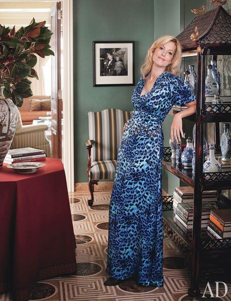 Ali Wentworth and George Stephanopoulos's New York Apartment | Actress and comedian Ali Wentworth and her husband, George Stephanopoulos, turned to Michael S. Smith to decorate their family's new Manhattan apartment.