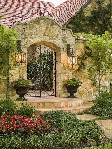 1000 ideas about courtyard entry on pinterest wrought for Courtyard stone landscape