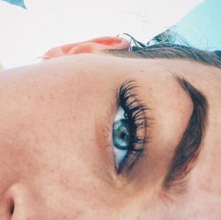 These are the best drugstore mascaras!