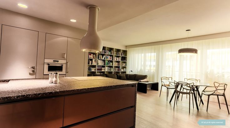 Salon z kuchnią.