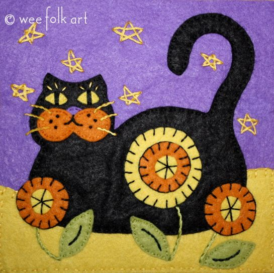 Black Cat Applique Block | Wee Folk Art - thinking this would be great on pillows for some cat-loving relatives