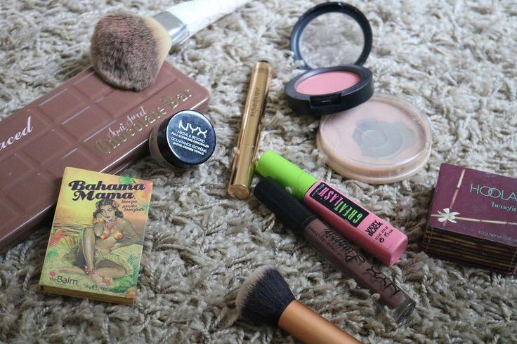 http://www.bebadass.fr/2016/12/j-13-routine-make-up-hivernale-produits-de-beaute-maquillage.html