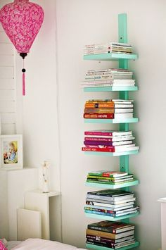 7 Upcycled DIY Ideas to Decorate a Tween or Teen Girl's Bedroom! Lots of cool ideas. Like this for document storage on a bookshelf.    DIY ideas, Tw…