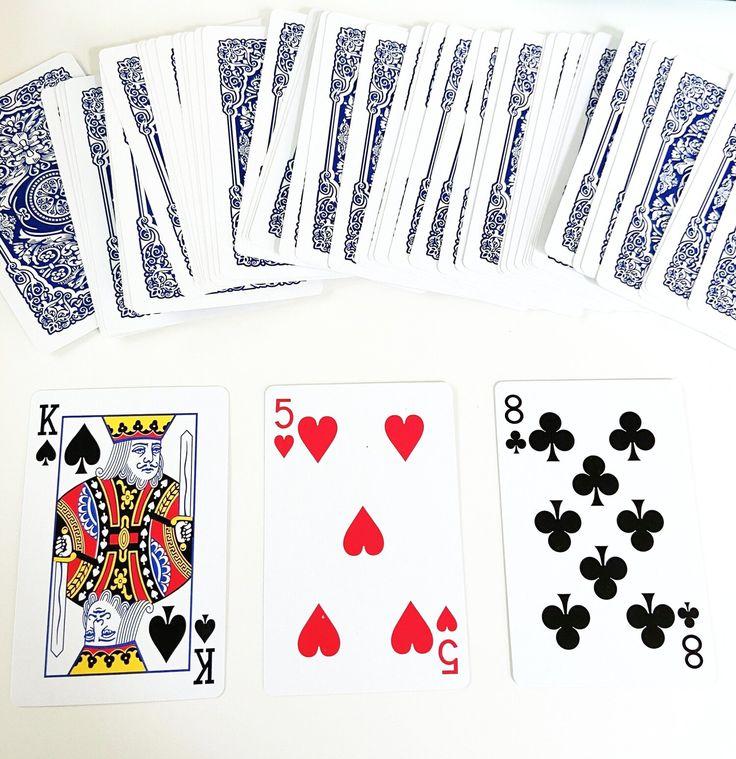 How to do a tarot reading using regular playing cards