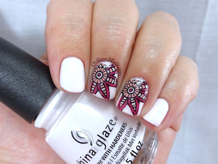NailCandi review - MoYou magic workshop stamping mat nail art