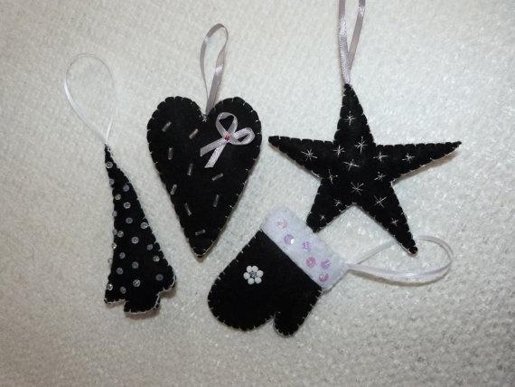 Handmade Christmas Felt Ornaments set of FOUR by funnydots on Etsy, €16.00