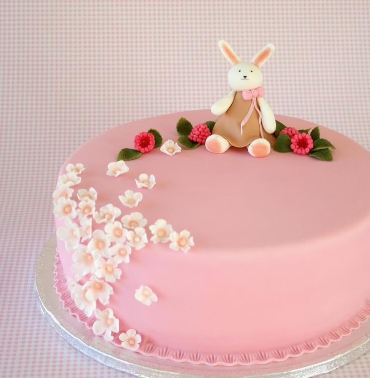 Painted By Cakes: PUPUKAKKU - BUNNY CAKE