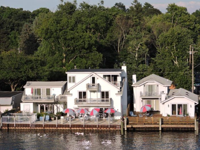 1 Bayside Inn 618 Water St Saugatuck Bed And Breakfast Michigan Beaches Waterfront