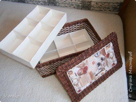 Поделка изделие Плетение Коробка для дамских мелочей A box for ladies' little things Бумага газетная Трубочки бумажные фото 6
