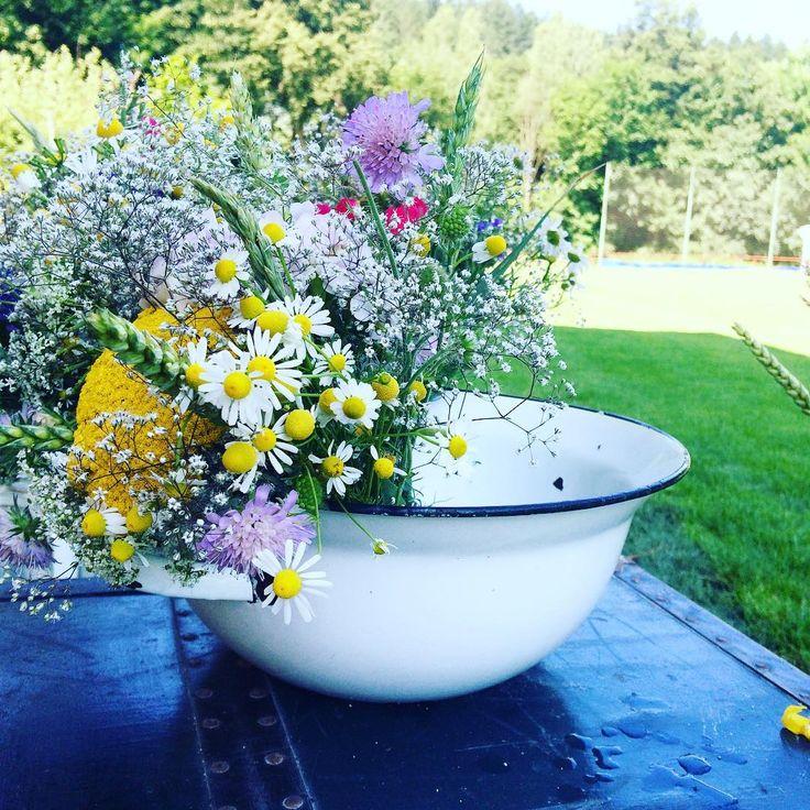 Květina pro nevěstu #svatbadesign #kvetiny #lucnikviti #svatba #prirodni #wedding #natural #wildflowers #flowers