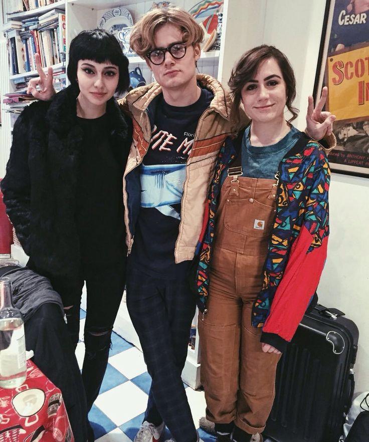 Savannah Brown, Bertie Gilbert & Dodie Clark