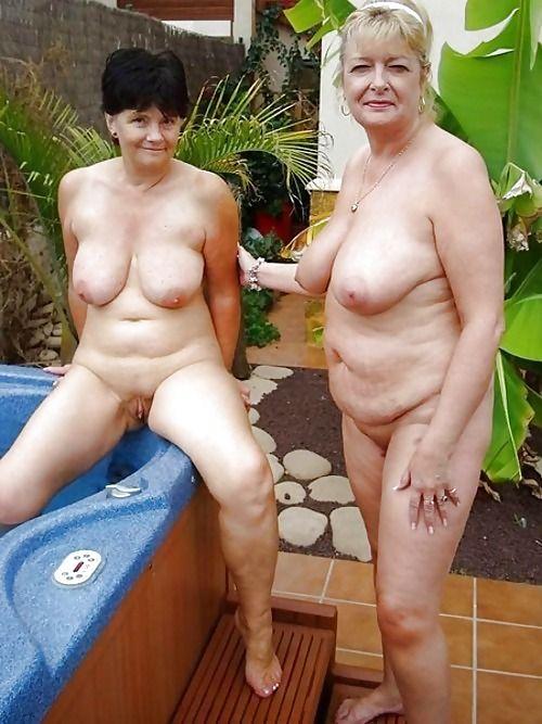 Nude Sexy Grannies 42