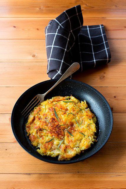 Rösti di patate con porri e rosmarino by marifra mentaeliquirizia, via Flickr