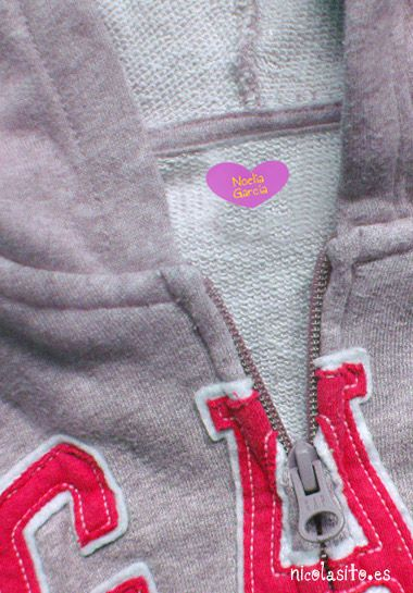#etiquetas #termoadhesivas para marcar la #ropa con forma de #corazón rosa #niños#kids#stickers