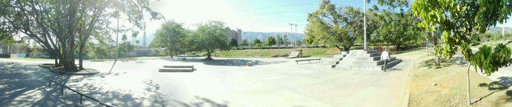 Niquia skate plaza