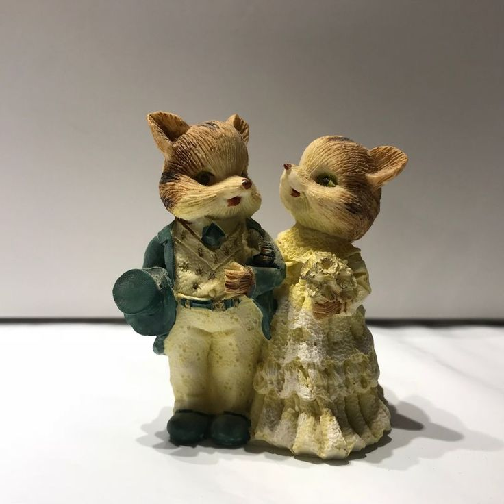 """Fox Bride and Groom Figurine miniture collectible 3"""" tall arm in arm yellow teal"""