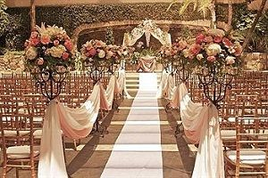 Southern California Wedding Venue: Mission-style beauty on historic Route 66 #perfectweddingvenue #gardenweddingvenues