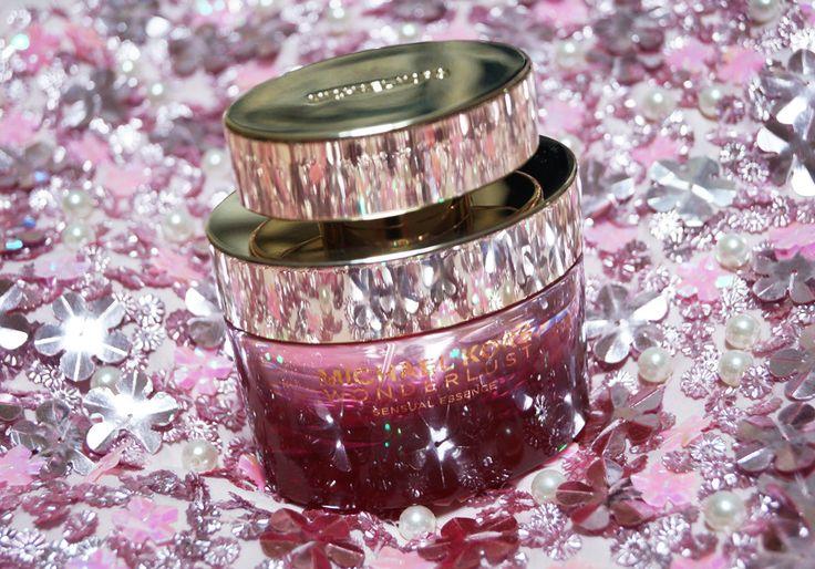 𝗕𝗲𝗮𝘂𝘁𝘆: 𝗠𝗶𝗰𝗵𝗮𝗲𝗹 𝗞𝗼𝗿𝘀   𝗪𝗼𝗻𝗱𝗲𝗿𝗹𝘂𝘀𝘁 𝗦𝗲𝗻𝘀𝘂𝗮𝗹 𝗘𝘀𝘀𝗲𝗻𝗰𝗲  A must try. Fragrance - eau de parfum - Wonderlust Sensual Essence brings you into the garden of cherry trees, jasmine and peony. 𝗩𝗶𝘀𝗶𝘁 𝘂𝘀: http://www.sheistheone.ch/2017/08/beauty-michael-kors-wonderlust-sensual.html #BeautyBlogger #Fragrance #beauty #blogger #Switzerland