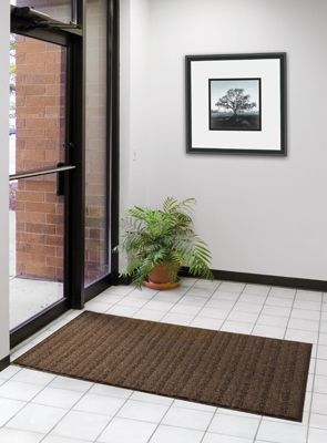 Boulevard™ Entrance Mat. The wave pattern runs across the