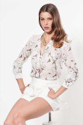 - Kuş Desenli Beyaz Gömlek