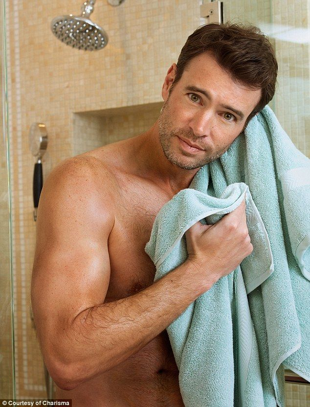 Scandal's Scott Foley: Sex Scenes Mean I Can't Eat! (I wouldn't run up and hug a celebrity, minus the one time I did it when I was like 13, but the chicken story was entertaining.)