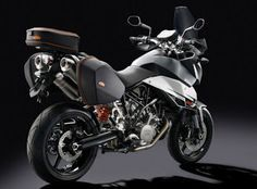 2013 KTM 990 SMT Review and Prices